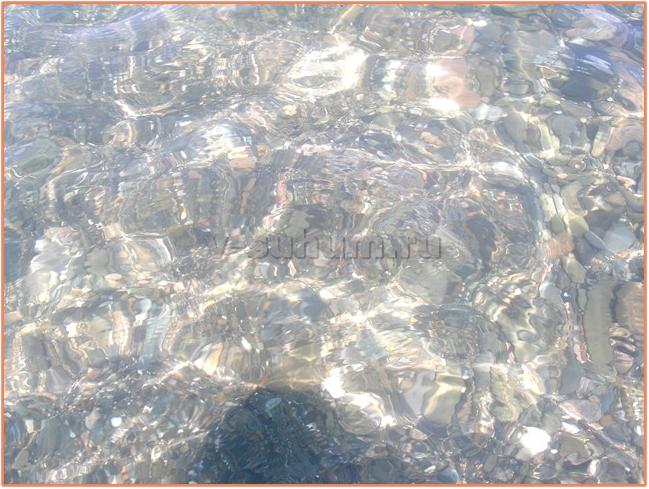 Пляжи Абхазии. Вода на пляже Синоп